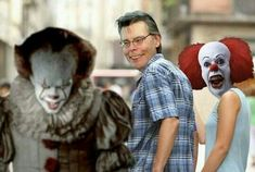 (credits to the creator of the image). Horror Movie Characters, Horror Movies, Movie Memes, Movie Tv, Movies Showing, Movies And Tv Shows, Es Pennywise, Cool Pokemon Wallpapers, It The Clown Movie