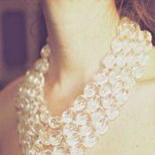 Isis, necklace by Irene Wood. So elegant.