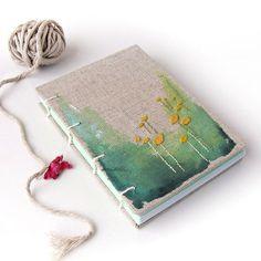 Vyšívaný zápisník Pastelová zelená louka - A6