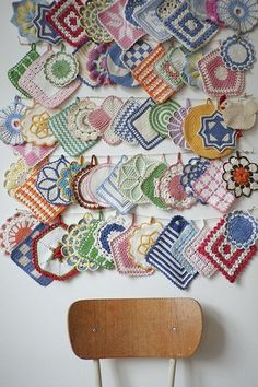 Collection of vintage crochet pot holders ~ Fine Little Day Vintage Potholders, Crochet Potholders, Crochet Motifs, Crochet Vintage, Crochet Kitchen, Displaying Collections, Retro Home Decor, Doilies, Crafts