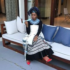 Xhosa Attire, African Attire, African Fashion Dresses, African Dress, Shweshwe Dresses, Zulu, African Beauty, Traditional Wedding, Dress Codes