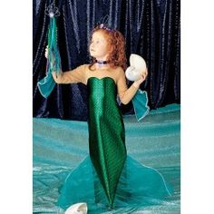 A huge list of Mermaid Party Games that will make a big splash at your mermaid theme party! Little Mermaid Birthday, Little Mermaid Parties, The Little Mermaid, Girl Birthday, 5th Birthday Party Ideas, Frozen Birthday Party, Birthday Parties, Girls Mermaid Costume, Mermaid Party Games