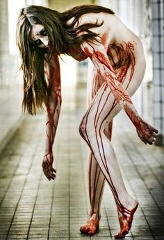 ♥ Lovely~Madorie Darling ♥ S✧s I Zombie, Elizabeth Bathory, Dark Evil, Blood Art, Dark Artwork, Dark Places, Dark Beauty, Retro, Macabre