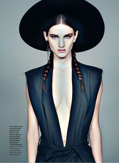 Northern Lights: #CarlyMoore by #TizianoMagni for #ElleCanada August 2014