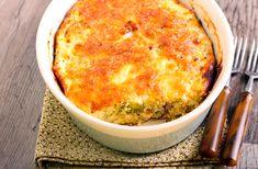 Aprenda como a fazer receita de suflê de chuchu fácil. Rica em nutrientes, é uma opção mais leve e saudável para as refeições.