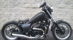 1985 Honda Shadow 500 Bobber Moto Chop Cycles Honda Magna Bobber, Honda Shadow Bobber, Honda Bobber, Bobber Bikes, Honda Bikes, Bobber Motorcycle, Bobber Chopper, Custom Motorcycles, Custom Bikes