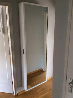Spiegelkast 190cm hoog 65cm breed 20cm diep