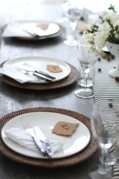 Det stripete bordet: Tips til vakker borddekking. DIY: Great ideas for setting a beautiful table.
