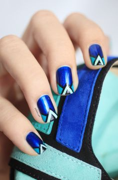 Another gorgeous Pshiiit manicure... inspired by shoes this time!