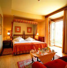 #parador de #Pontevedra ideal para #bodas #medievales #palacios #encanto #habitación de #invitados