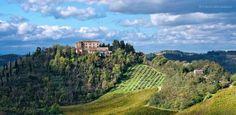 @ERTourism: #TheGreatBeauty in Italy is everywhere! Roncofreddo hills with Monteleone Castle, #Forlì  Pic M. della Pasqua #ITisME