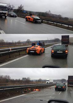 Supersportowy McLaren 650S rozbity na drodze S7 Warszawa – Kraków
