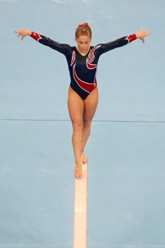Shawn Johnson women's gymnastics gymnast on balance beam Gymnastics Photography, Gymnastics Pictures, Sport Gymnastics, Artistic Gymnastics, Olympic Gymnastics, Olympic Sports, Olympic Games, Tumbling Gymnastics, Gymnastics Flexibility