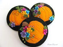 happy flowery pumpkin pins!