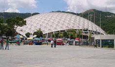 El Poliedro de Caracas es un recinto diseñado y construido para albergar eventos y espectáculos, ubicado al sur de la ciudad de Caracas (Venezuela), en la zona de La Rinconada, adyacente al Hipódromo La Rinconada