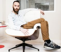 Eames, Hipster, Lounge, Facebook, Chair, Furniture, Home Decor, Lifestyle, Airport Lounge