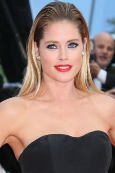 The best celebrity beauty looks spotted at Cannes: Doutzen Kroes tries the wet-hair trend.