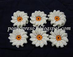 http://pontopreso1.blogspot.com.br/2011/05/croche-uma-flor-para-barrar.html