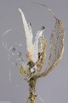 Emmanuelle Dupont 8 Art Fibres Textiles, Textile Fiber Art, Textile Artists, Sculpture Textile, Grand Art, Creation Art, Art Du Fil, Organic Art, Wire Art