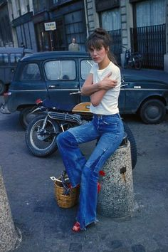 Ideas for style icons french jane birkin 70s Fashion, Denim Fashion, Look Fashion, Vintage Fashion, Petite Fashion, Fashion Online, Fashion Outfits, Estilo Jane Birkin, Jane Birkin Style