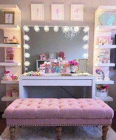 ❁Ριntєrєѕt↠@littlemiddle3❁ Kids Dressing Table, Glam House, Vanity, New Homes, Couch, Room Decor, Mirror, Art Cakes, Ideas