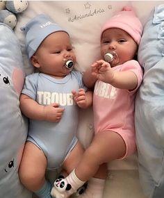 Bayi Baru Lahir Kembar : lahir, kembar, Kembar, Ideas, Minuman, Detox,, Penjagaan, Kesihatan,, Kata-kata, Hikmah