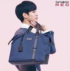 Samsonite RED ORMA SHOULDER_NAVY CF model Famous hero Kim Soo-hyun  #SamsoniteRED #MessengerShoulderBag
