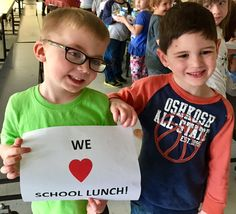 Dade Co Nutrition @Dadenutrition  Our goal? Healthy students ready to learn! @DavisElem students ❤school lunch! #schoollunchrocks @davisjackets @JanIHarris @SchoolMealsRock