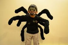 DIY spider costume... Seems easy enough to get done by morning, right? RIGHT?!?! ( This is a great idea and I love it, especially since my 5yr old said he wanted to be a spider for Halloween)