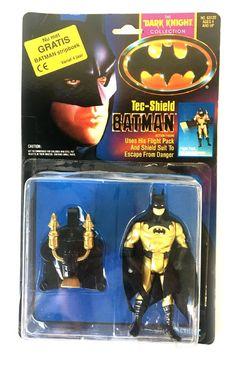 Kenner Batman: The Dark Knight Collection – Tech-Shield Batman (with Dutch Comic) - Batman, Batman: The Dark Knight Collection