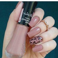 Esmalte: Panqueca Doce Marca: vult cosmetica Great Nails, Perfect Nails, Fabulous Nails, Fun Nails, Nail Paint Shades, Rose Nails, Elegant Nails, Nail Arts, Manicure And Pedicure