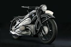 Amazing 1934 BMW R7 prototype. A more amazing shape i've never seen...
