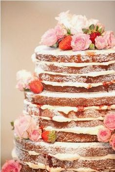 Naked Cake (no frosting) on our wedding? /// Naked Cake- love this idea! Catelyns next birthday cake! She's not too keen on frosting so this is perfect Pretty Cakes, Beautiful Cakes, Amazing Cakes, Simply Beautiful, Strawberry Cream Cakes, Strawberries And Cream, Strawberry Shortcake, Strawberry Wedding, Fruit Wedding