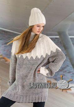 Вязаный спицами теплый свитер оверсайз и шапка к нему