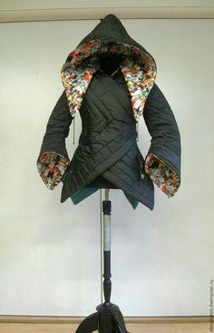 Купить Тёплая стеганая куртка с яркой отделкой - теплая куртка, стеганая куртка, дизайнерская одежда