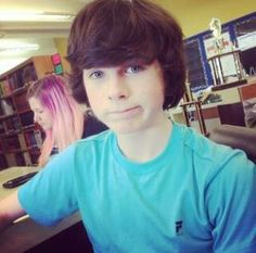 Chandler Riggs. ^v^ can't help myself. anytime i pass by a pic of Chandler Riggs I just cannot.