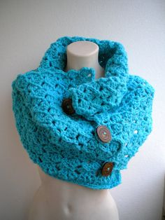 cowl- love this! I better practice my crochet skills ASAP!