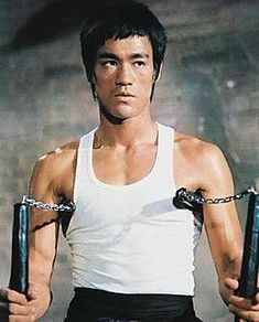 Did Bruce Lee really beat Chuck Norris? The answer to the second part of that question is yes, Bruce Lee did beat Chuck Norris in a fight. Steven Seagal, Chuck Norris, Brandon Lee, Jackie Chan, Kung Fu, Bruce Lee Fotos, Bruce Lee Frases, Boxe Fitness, C G Jung