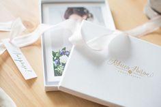 #Kartonschachtel mit passender Schleife für Fotoabzüge.  So überreicht man gerne die Fotos an das Brautpaar :-)