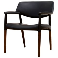Ejner Larsen & Aksel Bender Madsen Armchair | From a unique collection of antique and modern armchairs at https://www.1stdibs.com/furniture/seating/armchairs/