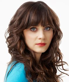 Zooey / long waves with bangs