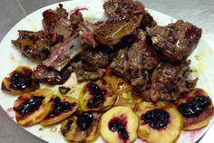 Costolette di cervo con mela grigliata e confettura di mirtillo #yummy #specialité #vda www.ristorantedeiconti.it