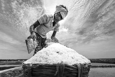 Salt Pan Photo by dinesh babu -- National Geographic Your Shot Camera: NIKON CORPORATION NIKON D800 Focal Length: 16 mm Shutter Speed: 1/2000 sec Aperture: f/6.3 ISO: 200