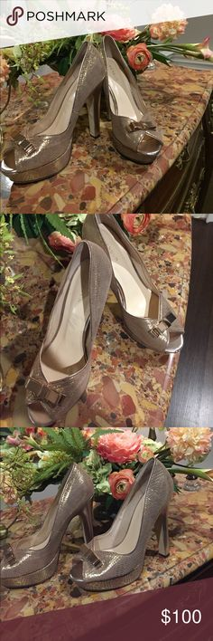 👠Menbur platform shoes👠🌺 Very light signs of wearing!! I bought them from Canada. They are 40 European size but feet 39 us too Make an offer pls 😊!! Included dust bag Menbur Shoes Platforms