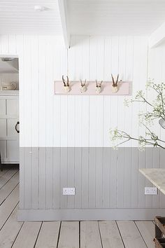 Pretty beach house, minutes from Camber Sands beach Lovely kitchen/dining area Adjoining living room with wood burning . White Plank Walls, White Wood Paneling, Rustic Wood Floors, Wood Panneling, White Walls, Painted Wood Walls, Wood Panel Walls, Wood Cladding Interior, Wood Paneling Makeover
