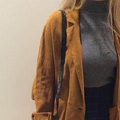 grey turtleneck + high waisted skirt + camel trench coat