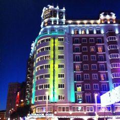 #luz y #color #granvia #Madrid #madridmemata #madridmemola  (en Hotel Emperador)