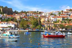List of private tours to Koroni, Greece. Travel agency offer custom private car tours to see Koroni in Greece. Discover Koroni with private car tour from Monterrasol. Order custom car tour to Koroni at the date you want. Seaside Towns, In Ancient Times, Travel Agency, Day Tours, Greece, Tourism, Road Trip, Castle, Europe