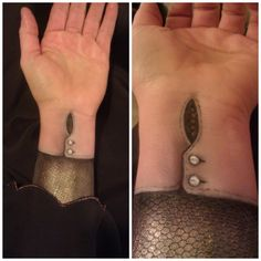 Reptile makeup, bodypainting: in human disguise. Makeup artist: Aimee Dorsey