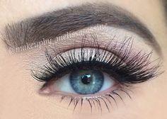 Lashes & eye makeup